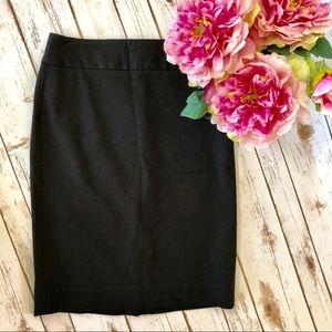 BANANA REPUBLIC pencil skirt black slim Size 2
